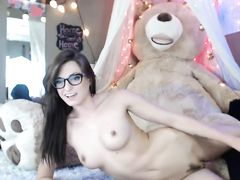 Amateur glasses camgirl posing hairy pussy